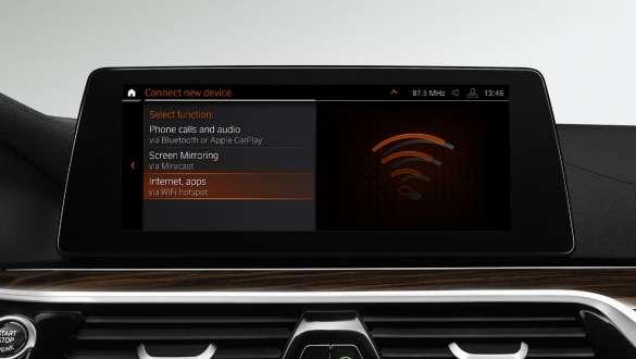 Wi-Fi Hotspot BMW 5 Series Sedan 540i Sedan G30 Bluestone metallic