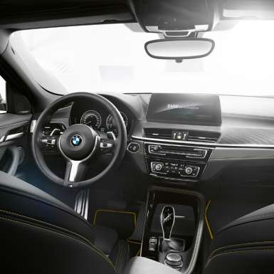 BMW X2 2018 F39 cockpit interior